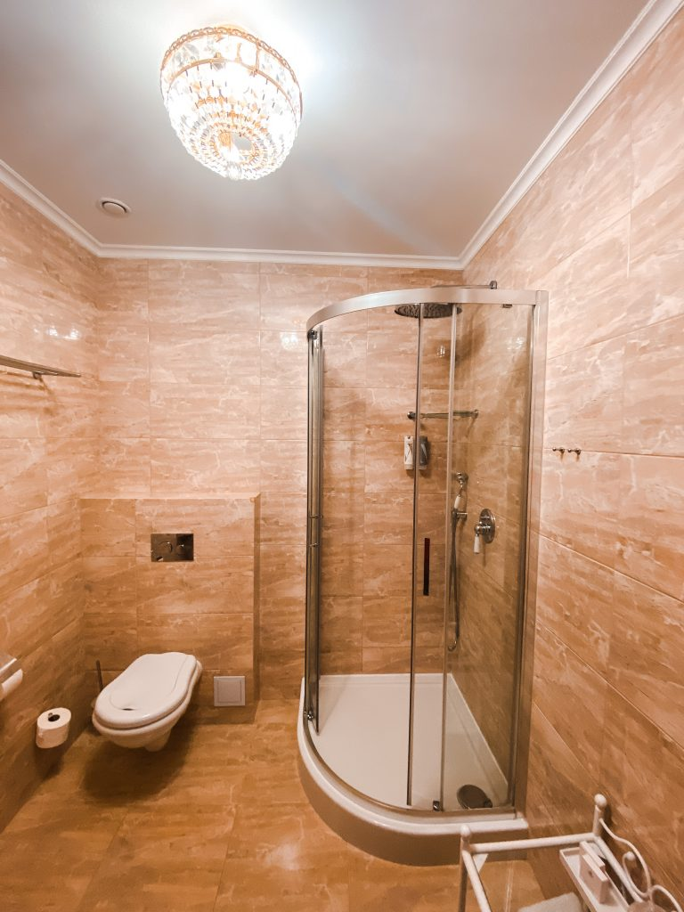 Bathroom - Best luxury retreat in Masuria | Pałac Mortęgi | Mortęgi Palace | Best SPA resort in Poland